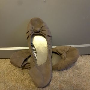 Cato brown suede ballet flats bow accent size 9